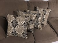 4 Couch Pillows $80 Toronto