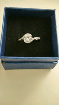 .925 Sterling Silver Ring (size 8)
