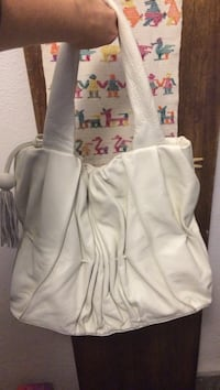 New* white leather purse Carlsbad