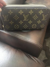 Black louis vuitton leather wallet Edmonton, T6K 0J8