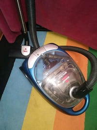 Bissell vacuum cleaner. New$200