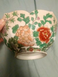 Hand painted bowl Loudon, 37774