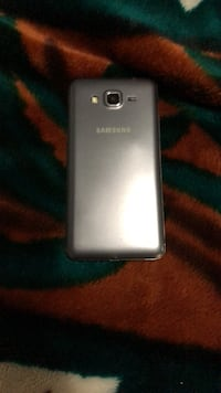 silver Samsung Galaxy Android smartphone 558 km