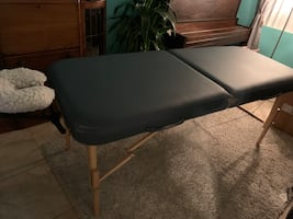 Great professional massage table.