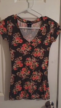 wet seal short sleeve Great Falls, 59405