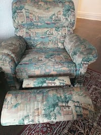 brown, green, and white fabric recliner Montreal, H3X 2H5