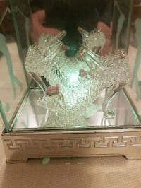 Crystal  slippers  in  light up box Whitby, L1N 8X2