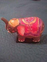 brown, pink and yellow elephant figurine Margate, 33063