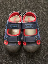 Kamik Sandals for boys size 8 Edmonton, T5X 0J1