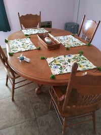 Dining table with leaf 4 chairs