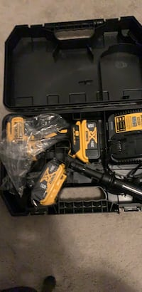 black and yellow Dewalt power drill Halethorpe, 21227