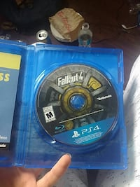 Fallout 4 PS4 Mint Condition North Bay, P1B 6G5