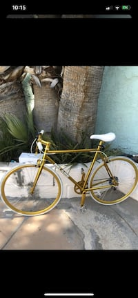 Belaire 6 speed fixie style bicycle