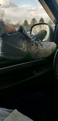 Nike Kyrie Size 12 Shoes City of Guardians Quincy, 02169