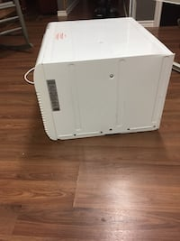 8000 BTU sleeve air conditioner , 3 yrs old  Chatham, N7L 4L6