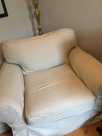 Big armchair with beige removable, washable cover Ottawa, K1G 2V4