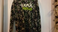 green and black camouflage jacket Toronto, M1E 4S6