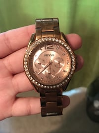 Rose gold Fossil watch. Retail price $150. Only 6 months old. Brampton, L7A