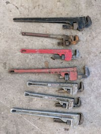 Assorted pipe wrenches Surrey, V3T 3M9