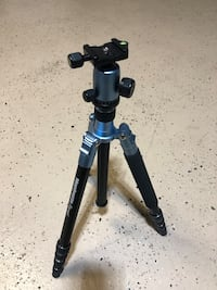 Manfrotto Element Blue Tripod Only