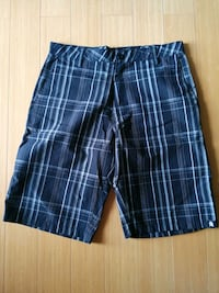 Taint plaid shorts