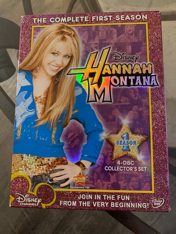 Hannah Montana season 1 DVD set 0