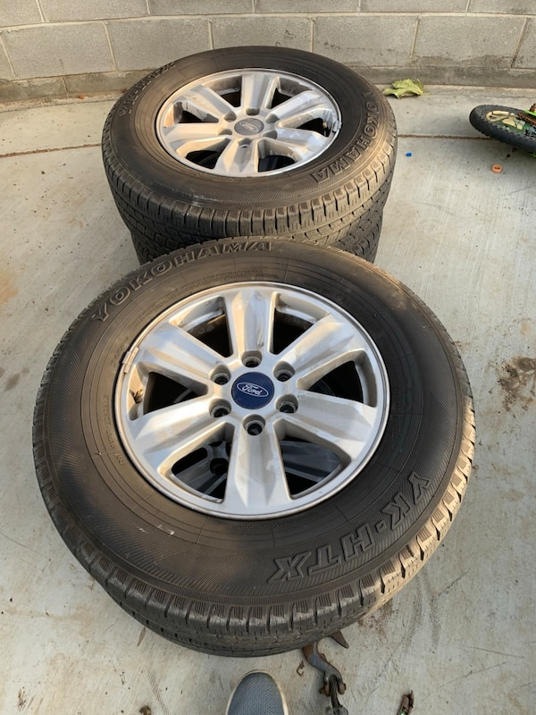 Ford F150 Oem Wheels >> Used 2015 Ford F 150 Oem Wheels With Good Tires For Sale In