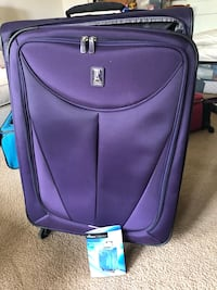"Travel Pro Large Spinner Suitcase 30"" Arlington, 22213"