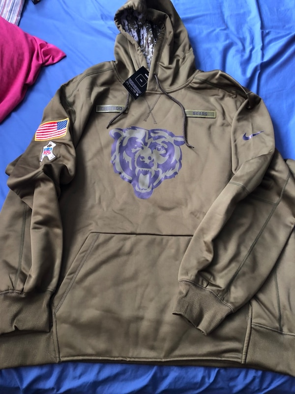 pretty nice 98939 40eb0 Chicago Bears Salute to Service hoodie
