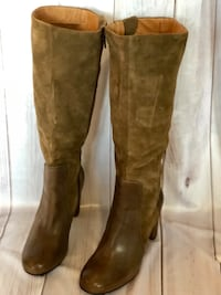 Brown suede knee high boots San Rafael, 94903