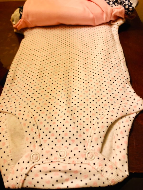 New Carters 3M baby 5 pieces girl Onesies 6c345264-87ae-48bc-a5f8-01555fe7ea72