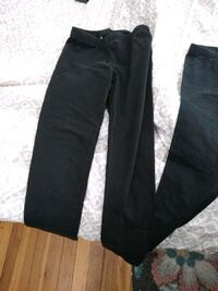 2 black leggings 1 pair of Capri legg Walpole, 02081