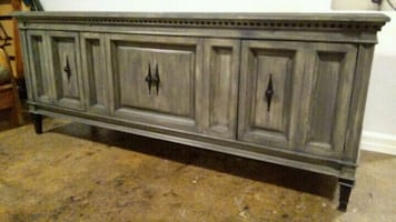 Credenza/ Wine Cabinet/ TV stand/ Accent Piece