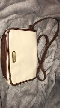 White and brown side bag Bakersfield, 93307