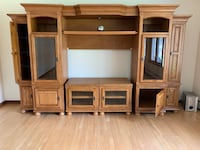 Solid Oak entertainment center  Bensville, 20603