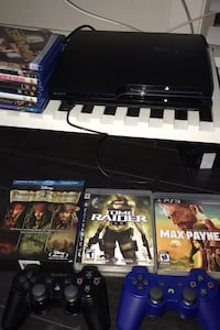 PS3 Mint condition bundle ( Pick up only )