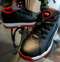 pair of black-and-red basketball shoes Brampton, L6T 4A8