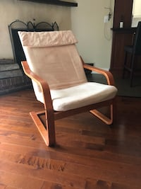 Free chair Pointe-Claire, H9R 5B2