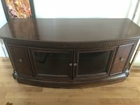 Brown wooden tv stand with cabinet Kirkland, H9H 5A9