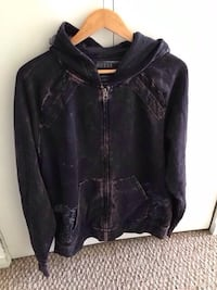 Men's Guess Jeans Hoodie. Size XXL, Fits More Like XL Burnaby, V3N 3C3