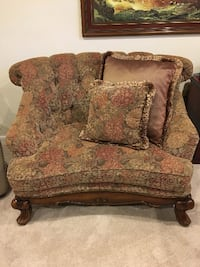 Tufted Lounge Chair ROCKVILLE