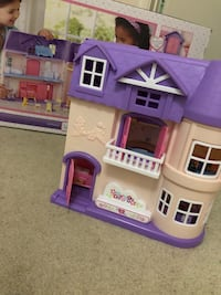 Dollhouse Set (You&Me) Great Condition Fairfax, 22032