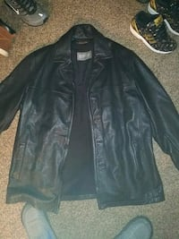 Leather coat XL. brand new Springfield, 65802