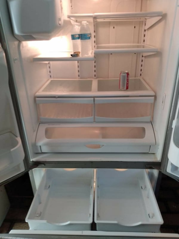 Maytag fridge 4