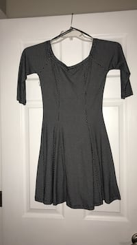 women's black and white printed scoop-neck 3/4 sleeve dress