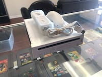 Wii Console with Controller and Cables  Los Angeles, 91324