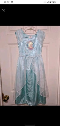 Frozen dress size 5 and Frozen singing and dancing jewelry box