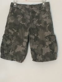 gray and black camouflage cargo shorts Calgary, T2T 1Y7