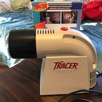 white and black Tracer Projector with box Laurel, 20707