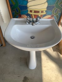 Beautiful Pedestal sink with faucet